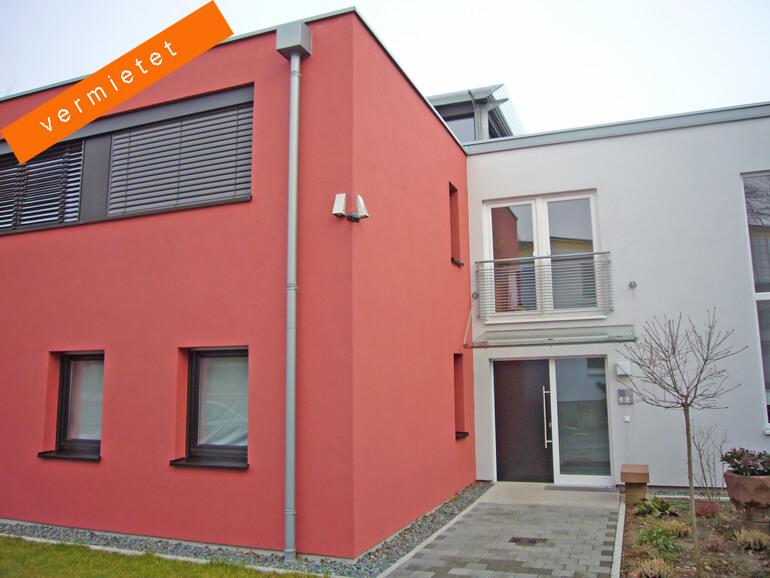 Design-Haus mit Wohnungen