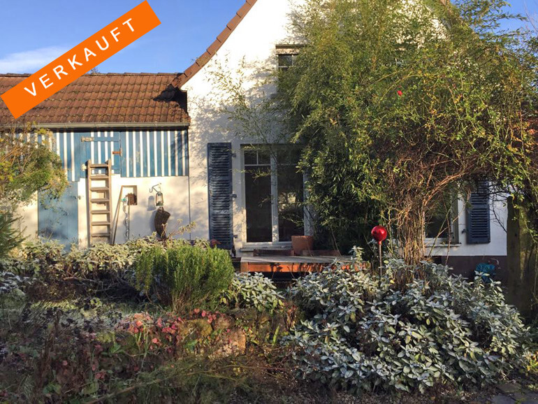 Charmantes Haus mit Gartengrundstück und Atelierhaus